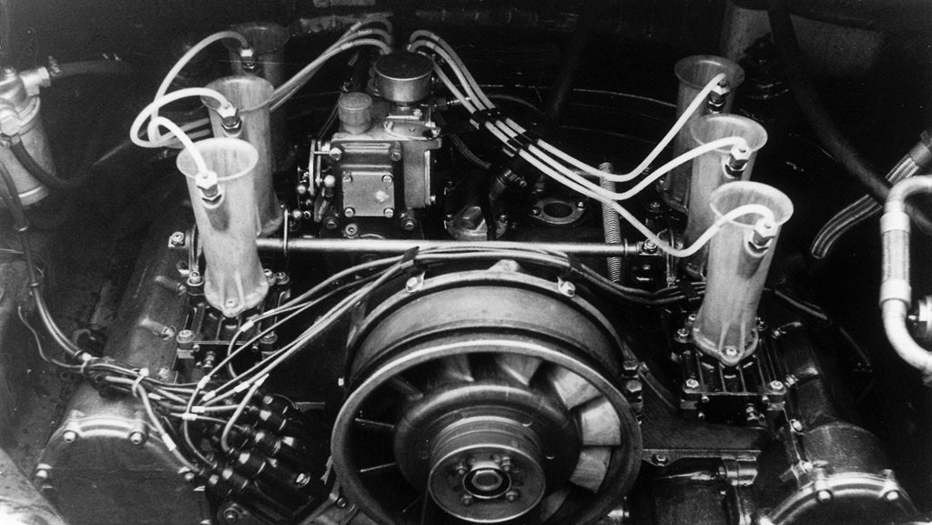 1162302_six_cylinder_engine_911_r_2_0_coupé_1967_porsche_ag