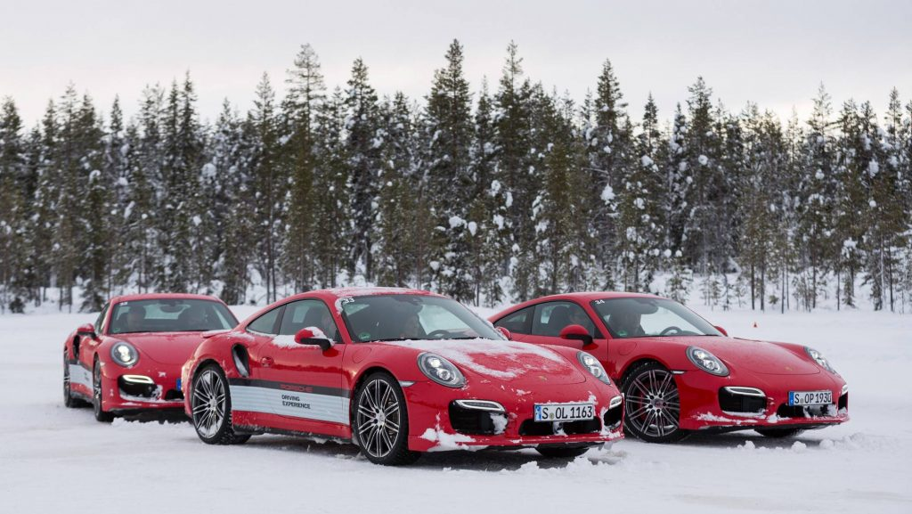 high_911_turbo_porsche_driving_experience_ice_force_levi_finland_2015_porsche_ag